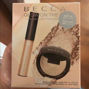 Becca glow on the go